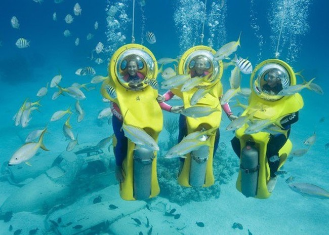 Crystal and her friends seeing the fish on their Mini Submarines in Cozumel.